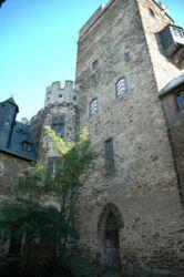 Cour intérieure du château fort Lahneck